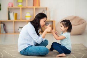 7 Kebiasaan Buruk Anak Ternyata Akibat Dari Menirukan Orangtuanya